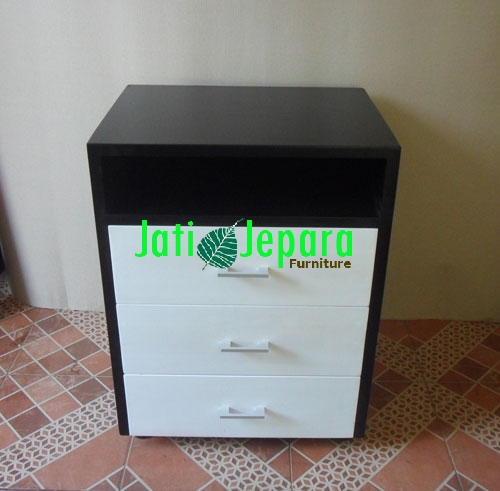 Dresser Minimalis Black and White
